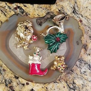 4 Vintage Gerry's holiday brooches christmas GUC